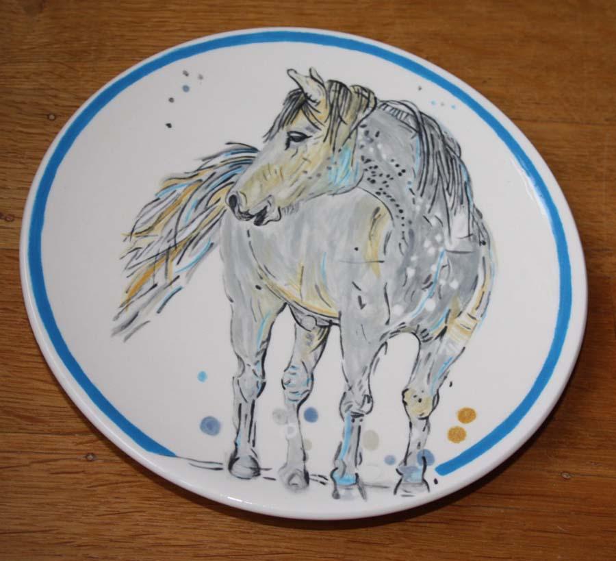 Ontbijtbord rond paard naar Loes Botman