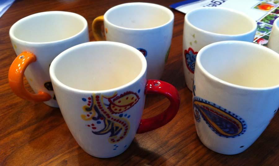 Nog meer koffiebekers Paisley met gat in oor